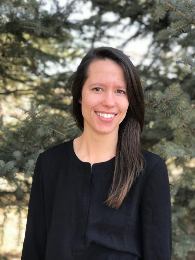 Dr. Lindsay Simonds